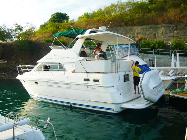 Tel +63 918 900-7614; email Cruiser 3750 Luxury Motor Yacht