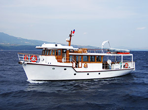 Motor Yacht Charter Subic Bay, Philippines