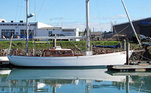 classic cruising yacht For Sale