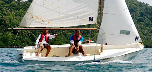 learn to sail Philippines